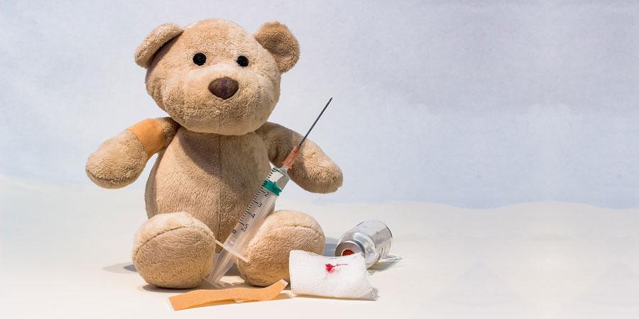 Стоит ли делать ребенку прививки